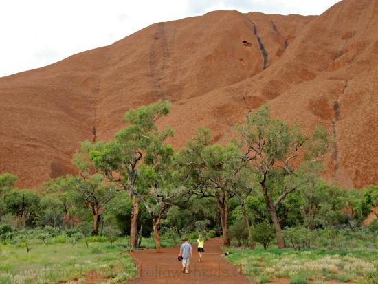The walk around Uluru
